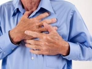 Il padre ha un infarto: lo salva la figlia di 18 anni, istru