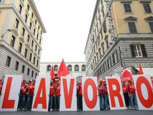 """Lavoro, Bankitalia: """"Occupazione tornata ai livelli pre-crisi, in aumento anche il Pil"""""""