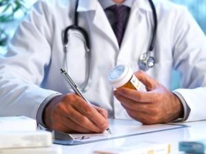"""Medico per anni le d della """"malata immaginaria"""": lei invece aveva un tumore alla tiroide"""