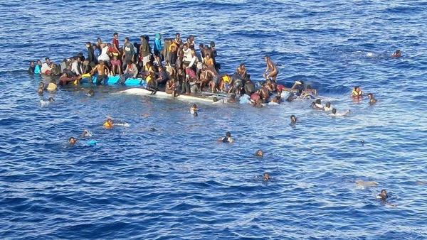news_img1_75904_migranti-mare-barcone.jpg (600×338)