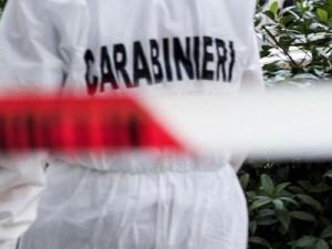 Alessandria, donna trovata morta in casa: ha ferite alla tes