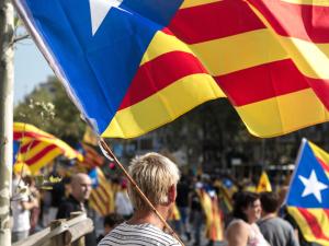 Catalogna, i leader indipendentisti condannati da 9 a 13 ann
