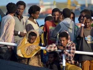 Ok a decreto immigrazione: ora per legge i migranti hanno meno diritti degli altri