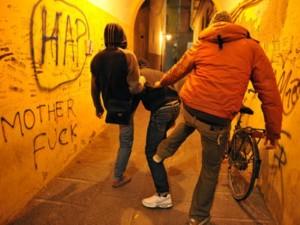 Rimini: picchiato dai compagni perché è il primo della classe