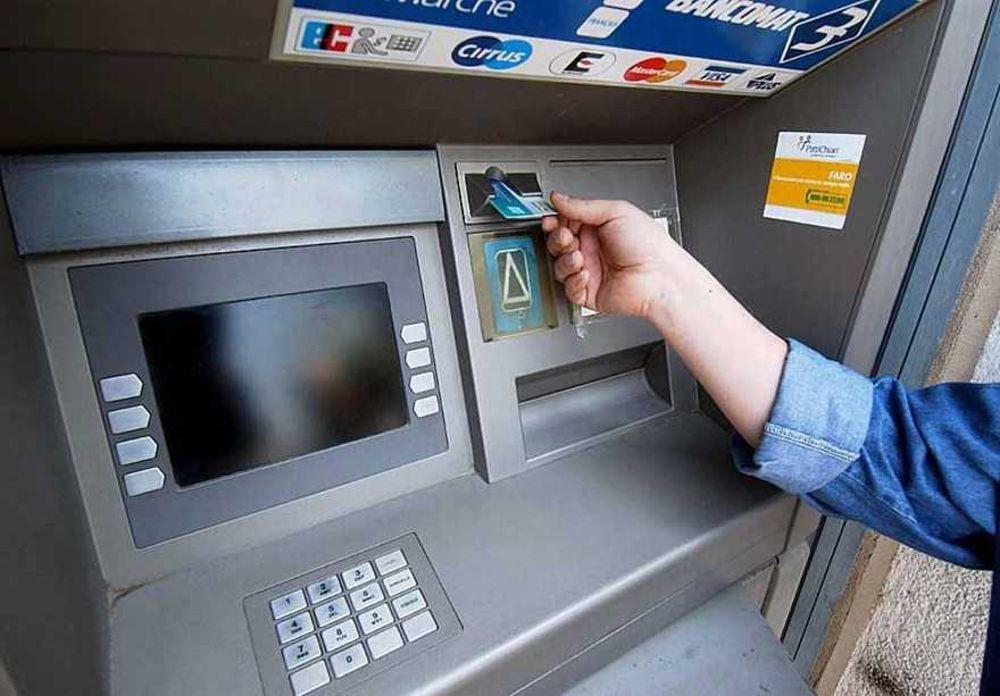 Conto corrente bancario online: da ottobre in aumento il costo di servizi e operazioni