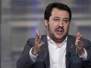 """Salvini: """"Sono pronto a fare il premier, ho già la squadra di governo pronta"""""""