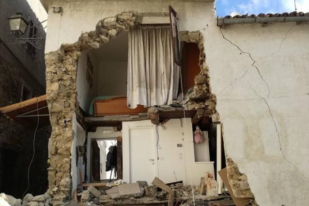 """Capo Protezione civile: """"Cittadini non impegnino via Salaria"""""""