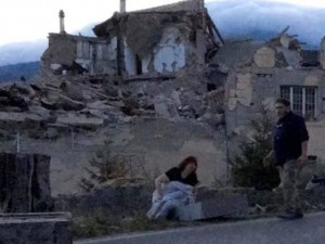 Accumoli, intera famiglia uccisa dal crollo di un campanile