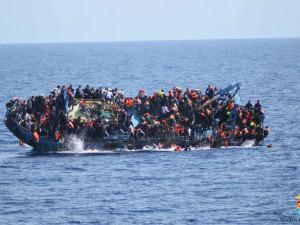 """Migranti, Francia e Spagna si oppongono agli sbarchi: """"Non possiamo accogliere nessuno"""""""