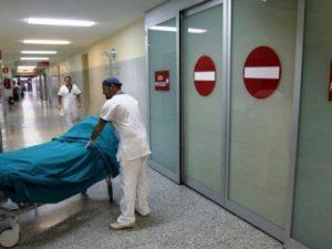 La Spezia, morto il barista ricoverato in gravi condizioni: colpito da meningite