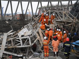 Cina, almeno 40 operai muoiono a causa del crollo di una centrale elettrica