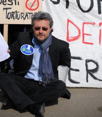 Edager Meyer, presidente dell'associazione animalista Gaia