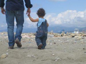 Un paese senza padri, un paese senza uomini verticali