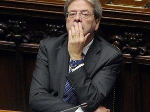 """Ius Soli, l'ombra della crisi di governo. Il ministro Costa minaccia: """"Se c'è la fiducia, lascio"""""""