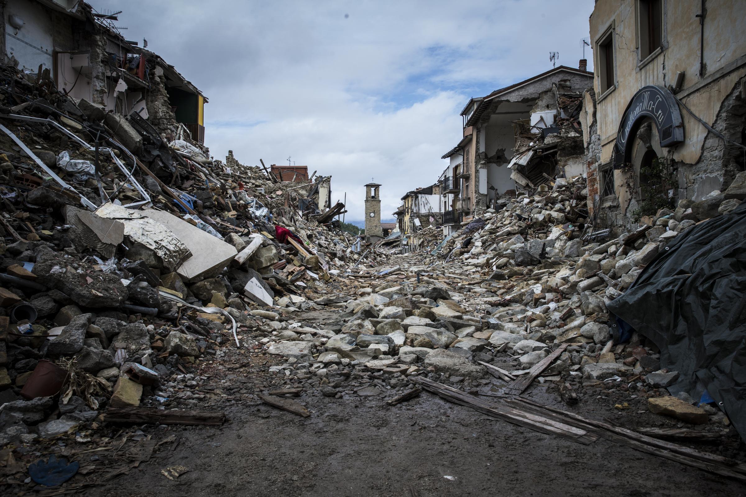 Terremoto la camera destina i suoi risparmi 80 milioni for Ordine del giorno camera dei deputati