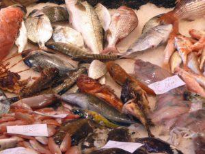 """""""Nei supermercati arriva il pesce maltrattato"""": la denuncia"""