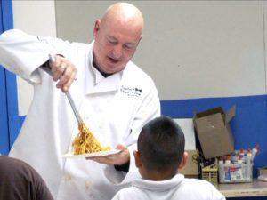 USA: a fuoco il ristorante dello chef Bruno Serato. Dava da mangiare gratis ai poveri