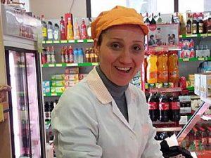 Donna uccisa in Calabria, il cadavere in una pozza di sangue: colpita da corpo contundente