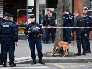 Parigi, nessuna traccia di esplosivo: rientrato allarme bomba nel quartiere dei tribunali