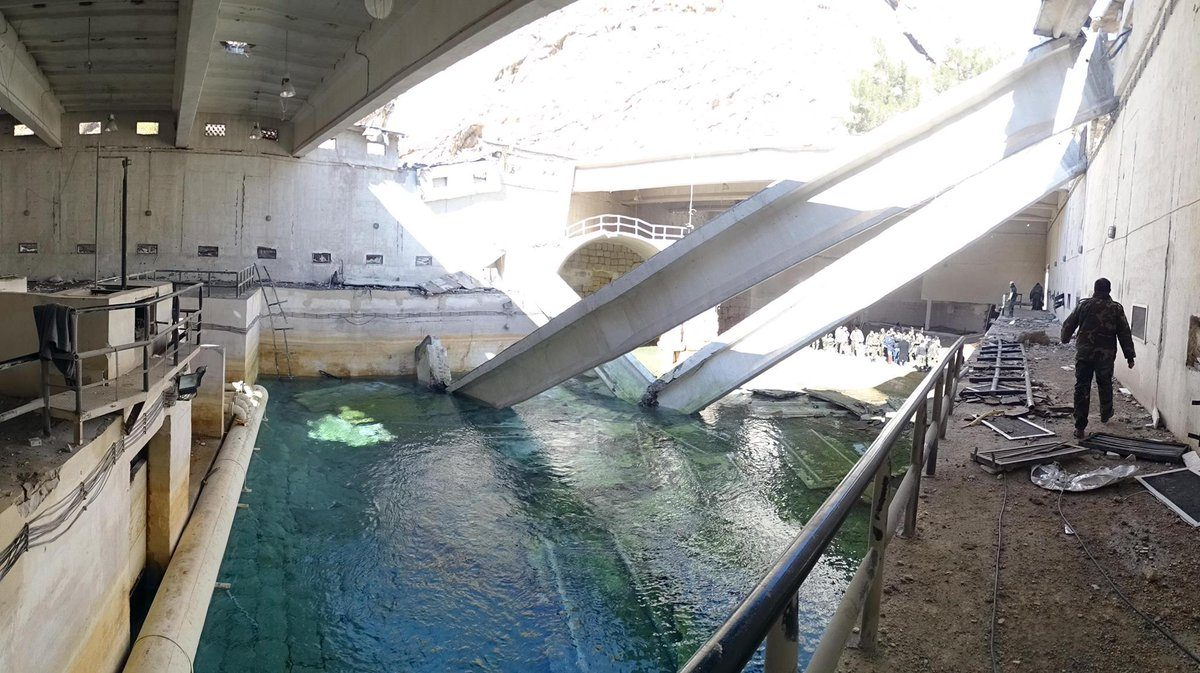 Impianti idrici distrutti alla periferia di Damasco, Siria