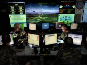 """""""La Cia spia il mondo attraverso smartphone e tv"""", Wikileaks pubblica migliaia di file"""