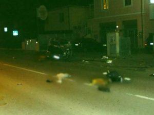 Guida ubriaco e senza patente, perde il controllo dell'auto: muoiono il figlio e la moglie