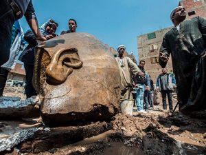 Egitto, scoperta gigantesca statua di Ramses II: il faraone che si oppose a Mosè