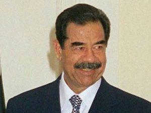 La storia dell'ingegner Saddam Hussein, per colpa del nome non riesce a trovare un lavoro