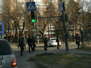 Torna la paura in Russia: 18enne neonazista spara nella sede dei servizi segreti. 2 morti