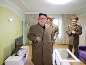 """Corea del Nord minaccia: """"Rischio guerra nucleare improvvisa"""""""