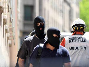 """Marsiglia, arrestati due presunti terroristi: """"Pronti a un attacco imminente"""""""
