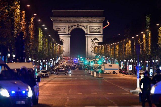 Il presunto complice dell'attentatore di Parigi si presenta spontaneamente alla polizia