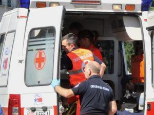 Bimbo di 3 anni cade dal balcone di casa sua nel Brindisino, è gravissimo