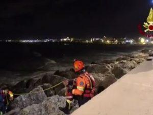 Naufragio di Rimini, recuperati i corpi dei tre dispersi: salgono a 4 le vittime