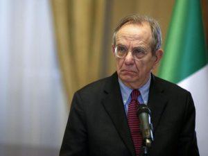 """Padoan: """"L'Italia è fuori dal tunnel, la nostra economia cresce"""""""