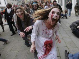 """""""La Spagna potrebbe essere distrutta dagli zombie"""". L'ammissione del premier Rajoy"""