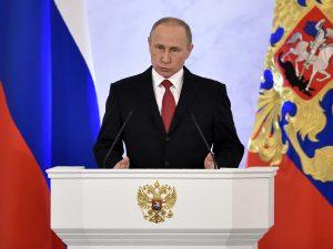 """La Russia mette al bando i Testimoni di Geova: """"Estremisti, incitano all'odio"""""""