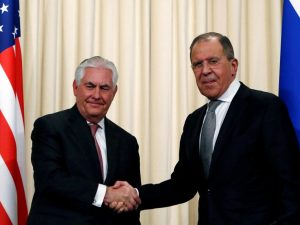 """Siria, Assad divide Usa e Russia. Tillerson vede Lavrov: """"Rapporti peggiorati"""""""
