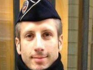 Xavier, l'agente ucciso a Parigi era alla riapertura del Bataclan col suo compagno