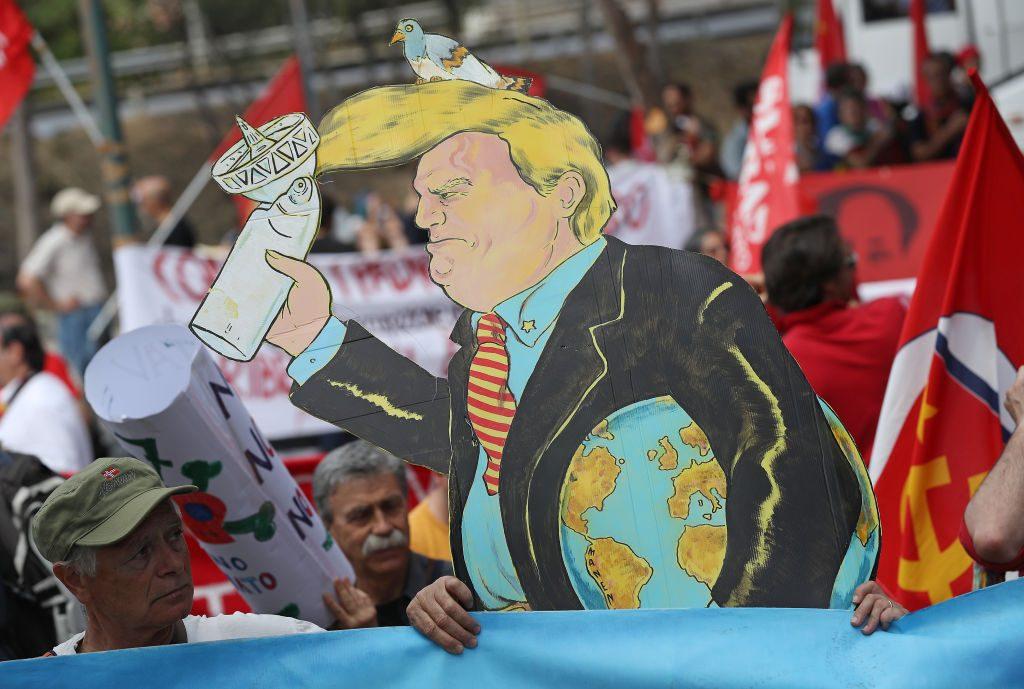 Risultati immagini per Trump annuncia il ritiro degli Usa dall'accordo di Parigi