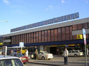 L'ingresso dell'aeroporto di Schonefeld