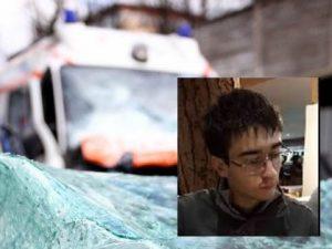 Carrara: travolto da una moto pirata, Alessio muore a 16 anni mentre ritorna da scuola