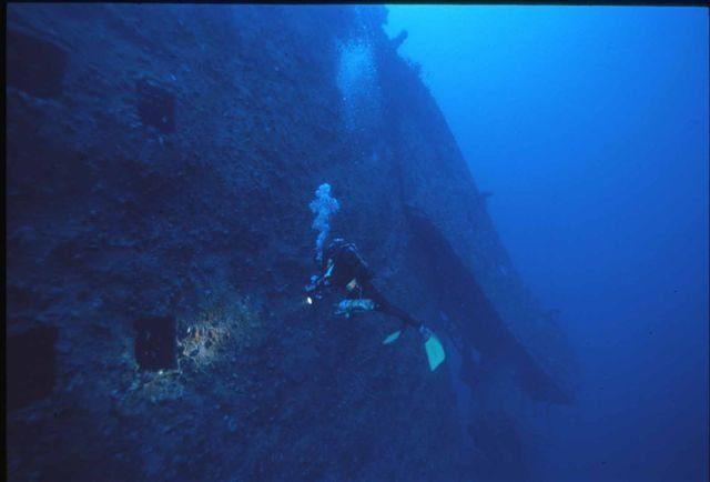 Genova sub di 45 anni muore visitando il relitto della nave haven e 39 il secondo in un mese - Tech dive arenzano ...