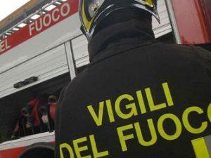 Maltempo a Cosenza, pioggia ingrossa torrente: almeno due mo