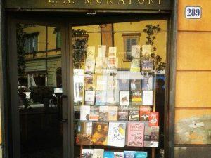«In libreria è il mondo che ti gira attorno»: chiude la storica Muratori di Modena