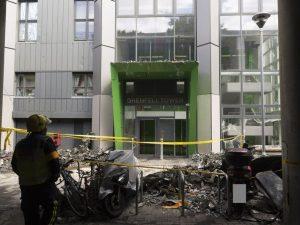 """Incendio Londra, l'ecatombe nel grattacielo. La polizia: """"79 vittime presunte"""""""