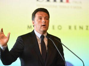 """Renzi si difende: """"Non fermatevi ai titoli, 'aiutiamoli a casa loro' non è sbagliato, è progetto serio"""""""