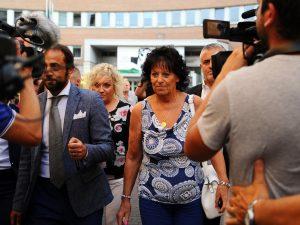La madre di Bossetti, Ester Arzuffi, in attesa della sentenza d'appello