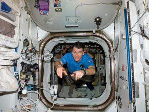 Paolo Nespoli porta in orbita il primo fumetto delle missioni spaziali