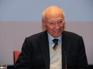 "Coronavirus, Piero Angela: ""Paradossalmente oggi l'Italia è"